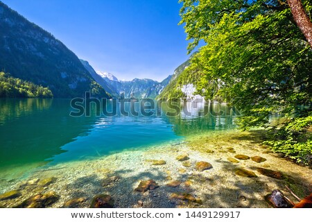альпийский озеро идиллический мнение Сток-фото © xbrchx