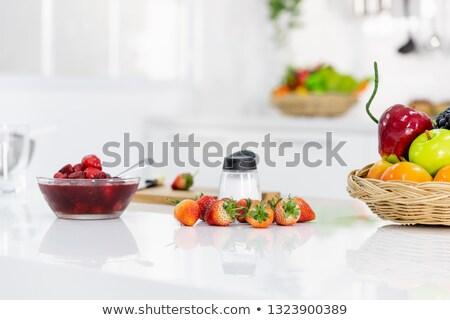 Erdbeere Schneidebrett Rezept pie Zutaten Stock foto © Illia