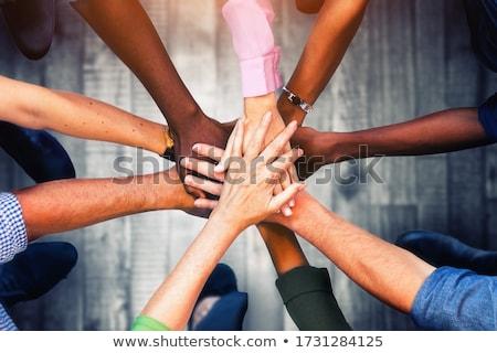quattro · persone · pezzi · del · puzzle · quattro · la · gente · 3d · gruppo - foto d'archivio © kitch
