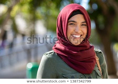 portret · jonge · vrouw · hoofddoek · vrouw · gelukkig · mode - stockfoto © szefei