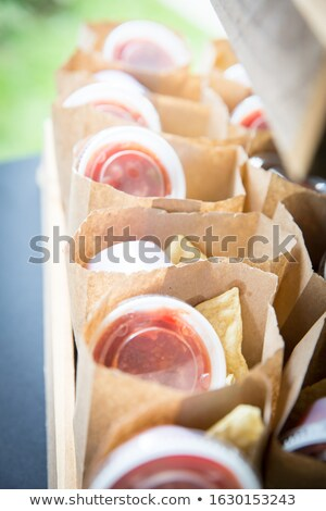 Tarde noche salsa mujer refrigerador alimentos Foto stock © cboswell