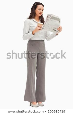 Werknemer lezing nieuws koffie hand witte Stockfoto © wavebreak_media
