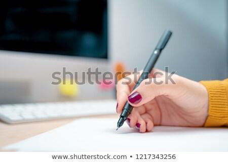 Foto stock: Retrato · feminino · mão · escrita · papel