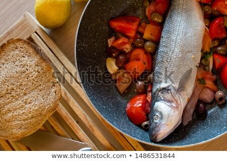 prêt · four · préparé · ingrédients · table - photo stock © studiotrebuchet