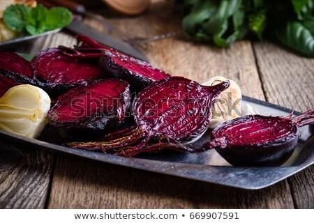 Gebakken bieten knoflook kom olie Stockfoto © Digifoodstock