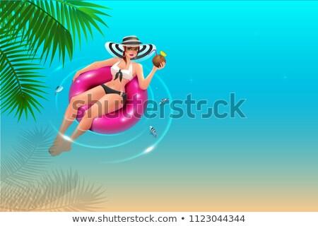 Gyönyörű fiatal nő kalap kör kék víz Stock fotó © orensila