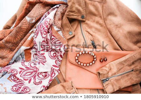 portré · fiatal · modell · visel · fehér · kabát - stock fotó © stockyimages