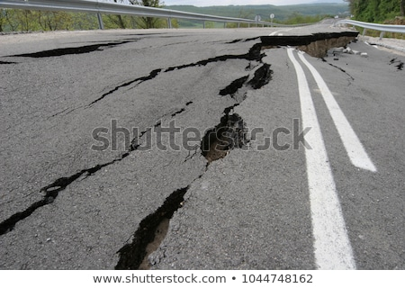 velho · destruído · asfalto · rachaduras · textura · abstrato - foto stock © 5xinc