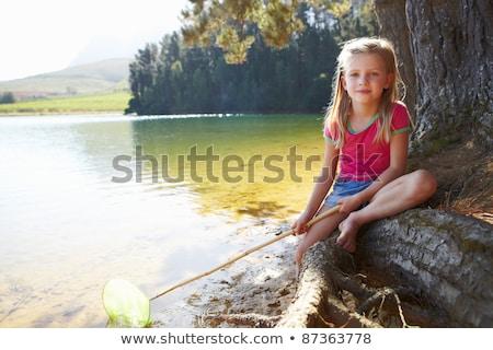 Bonitinho menina lago água família Foto stock © Lopolo