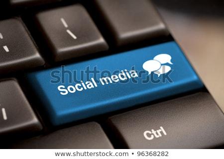 Közösségi média billentyűzet gomb számítógép technológia háló Stock fotó © fotoscool