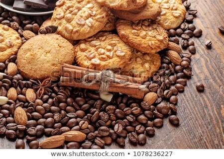 édesség fahéj diók kávé csészealj izolált Stock fotó © oly5