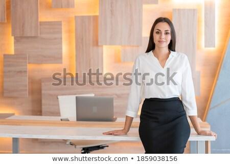 ストックフォト: 美しい · 女性実業家 · シャツ · スカート · 見える · カメラ
