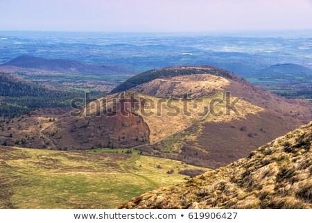 Kopuła wiosną trawy charakter górskich Zdjęcia stock © LianeM