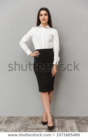 Retrato inteligente escritório mulher longo cabelo castanho Foto stock © deandrobot