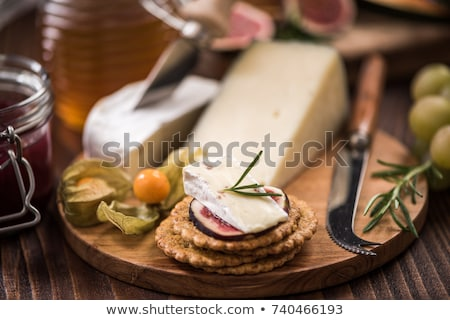 Brie cheese and crackers Stock photo © Eireann