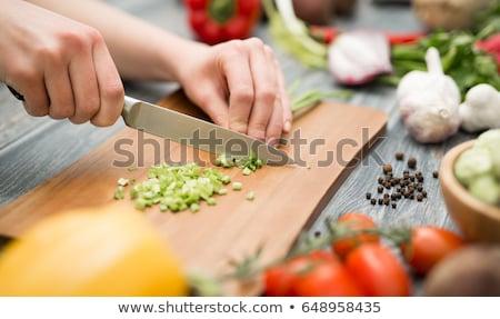radis · rouge · couteau · noir · planche · à · découper - photo stock © ruslanshramko