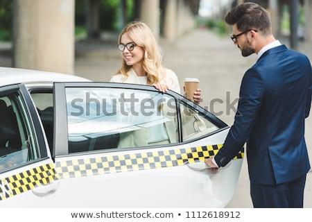 Man opening auto deur vrouw vergadering Stockfoto © AndreyPopov