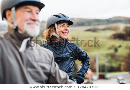 Foto stock: Pareja · ciclismo · forestales · hombre