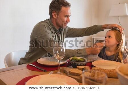 Vader mond servet eettafel Stockfoto © wavebreak_media