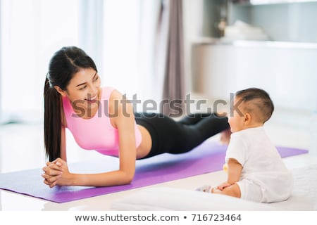 jovem · asiático · mulher · perder · peso · vida · saudável - foto stock © kzenon