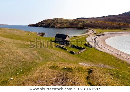Felvidék Skócia tájkép utazás tó bokor Stock fotó © phbcz