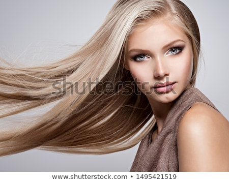 belo · feliz · adulto · mulher · preto · cabelos · lisos - foto stock © julenochek