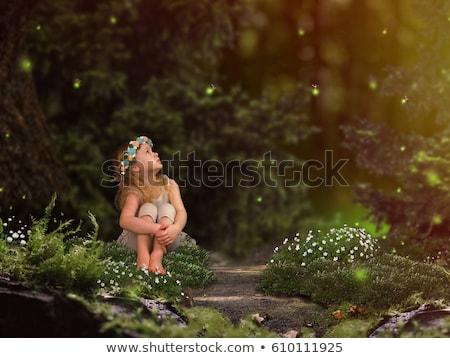 Criança menina ilustração little girl sessão gigante Foto stock © lenm