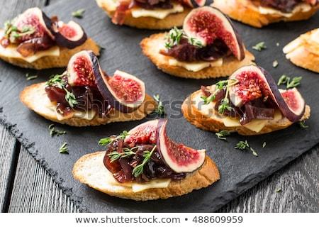 食品 · パン · プレート · クリーム · トースト · 鮭 - ストックフォト © M-studio