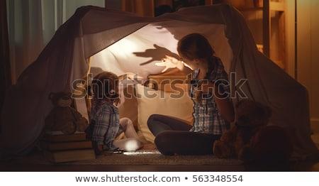 vieillard · lecture · livre · enfants · famille · enfant - photo stock © barabasa