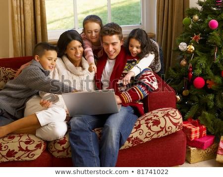 pai · natal · compras · on-line · laptop · branco - foto stock © monkey_business