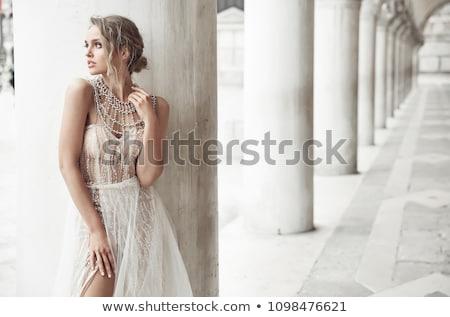 elegante · mode · paar · glimlachend · samen · kolom - stockfoto © feedough