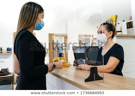 Сток-фото: рабочих · парикмахерская · женщину · счастливым · красоту