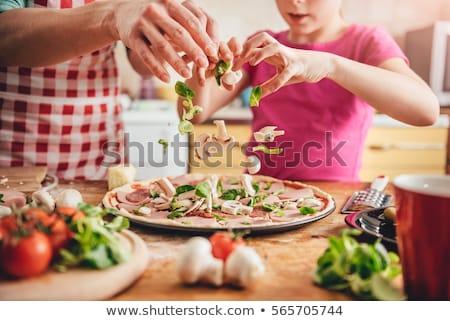 女性 自家製 ピザ キッチン サラミ キノコ ストックフォト © dash