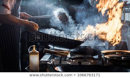 chef · restaurante · cocina · estufa · pan · fuego - foto stock © lunamarina