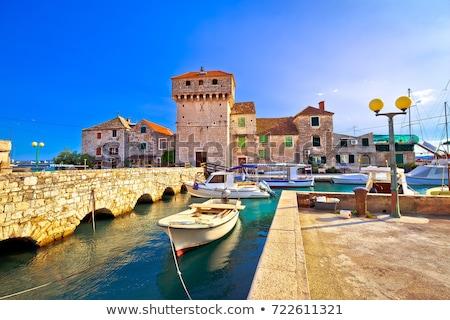 histórico · ilha · céu · edifício · mar · oceano - foto stock © xbrchx