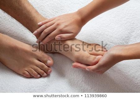 Foto d'archivio: Terapeuta · piedi · massaggio · uomo · primo · piano · mano