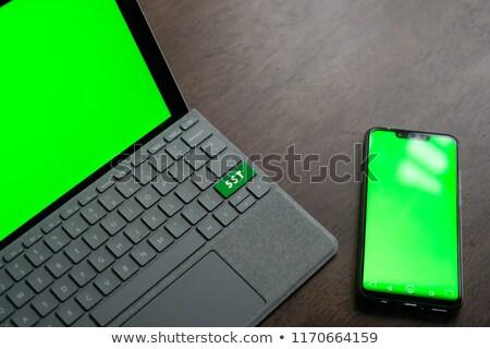 Költségvetést készít szolgáltatások szöveg zöld billentyűzet numerikus billentyűzet Stock fotó © tashatuvango