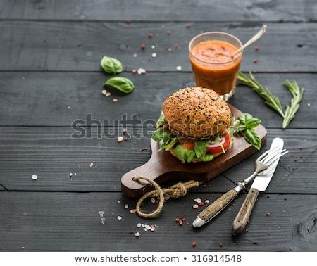 Fresche carne burger formaggio salsa Foto d'archivio © DenisMArt