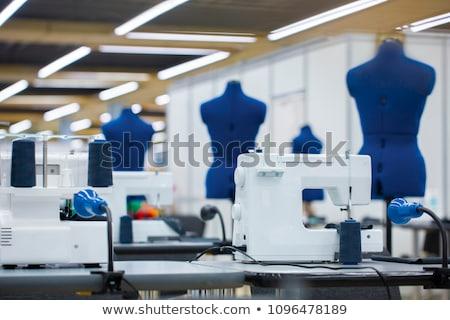 Przemysłowych maszyny do szycia działalności tle tabeli tkaniny Zdjęcia stock © olira