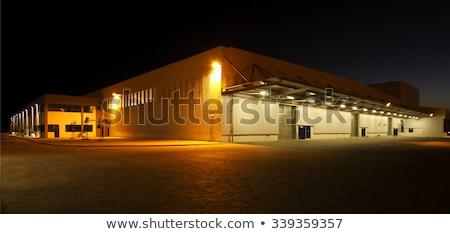 倉庫 ライト 外 対角線 天井 ストックフォト © bobkeenan