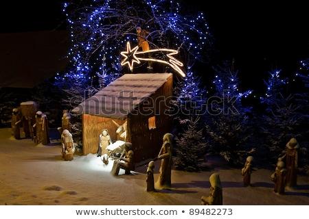 Natale tradizionale neve tetto famiglia Foto d'archivio © tepic