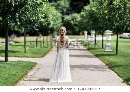 若い女性 白 ガウン 美しい 着用 黒 ストックフォト © aleishaknight