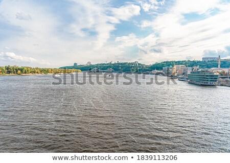 Foto stock: Hermosa · vista · río · iglesia · agua · estación
