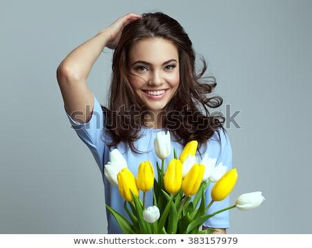 Mooi meisje witte jurk groot boeket mooie jonge vrouw Stockfoto © svetography