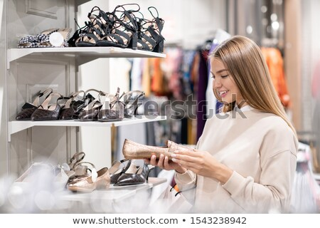 cipő · bolt · kiskereskedelem · eladó · vásárol · kereskedelmi - stock fotó © pressmaster