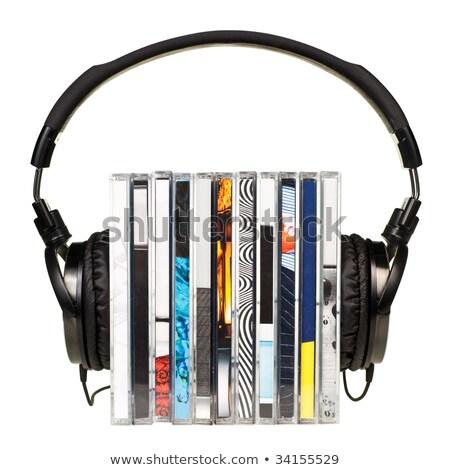 Fone de ouvido disco compacto preto branco fundo fones de ouvido Foto stock © bbbar