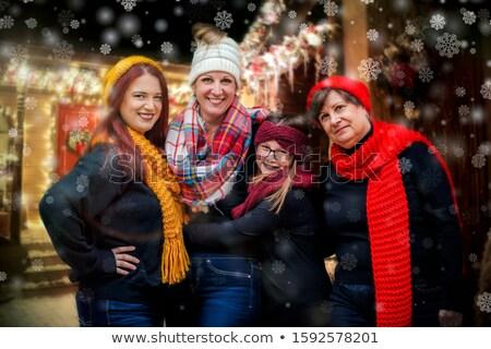 Matka córka dopasowywanie sweter dziewczyna Zdjęcia stock © photography33
