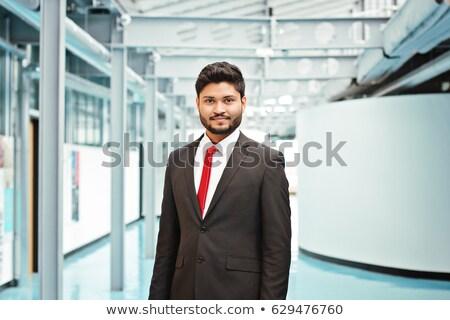 руководитель · профессиональных · офисное · здание · индийской · бизнеса · человека - Сток-фото © szefei