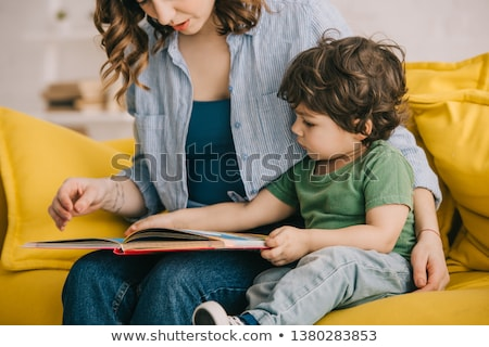 enfants · hobby · lecture · livres · enfants · fille - photo stock © bluering