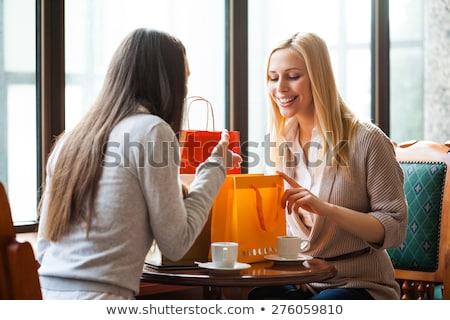 jonge · vrouw · vergadering · cafe · drinken · thee - stockfoto © monkey_business